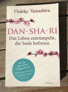 Das Leben entrümpeln Buchrezension Dan Sha Ri
